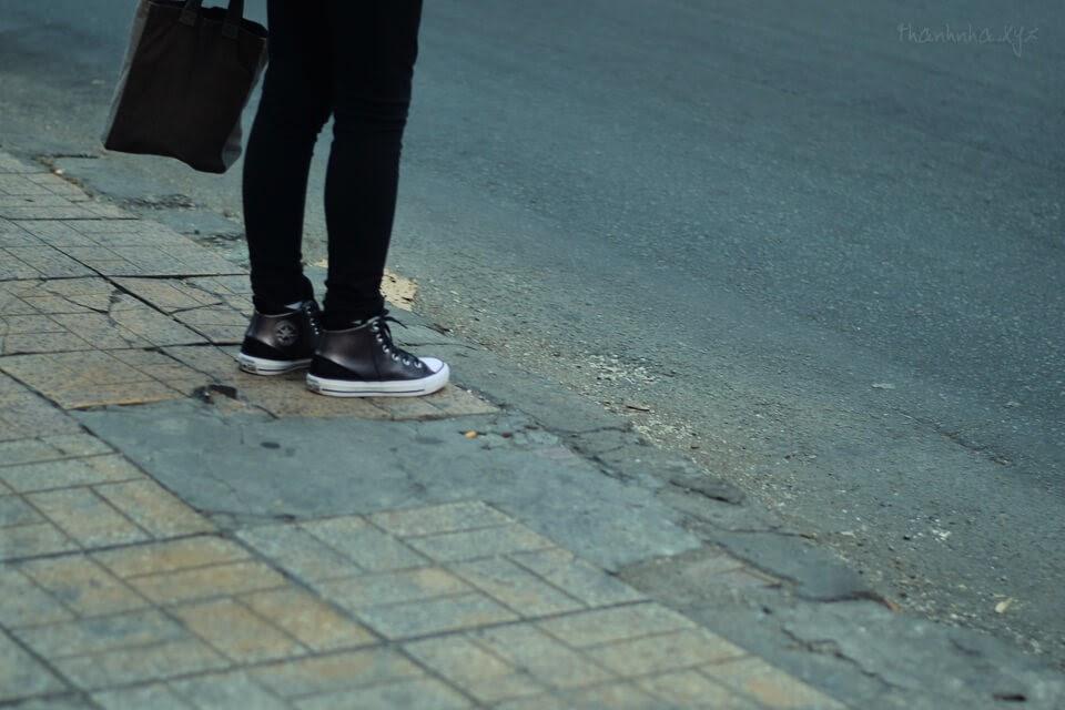Chúng ta đều là khách qua đường, hết thảy cứ để tùy duyên